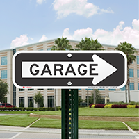 Garage Signs With Right Arrow