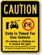 Automatic Gate Timed For One Vehicle Sign