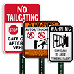 Gate Closes After Each Vehicle No Tailgating Sign