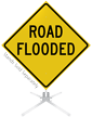 Road Flooded Roll-Up Sign