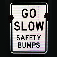 GO SLOW Safety Sign