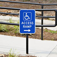 Access Ramp Parking Sign With Right arrow